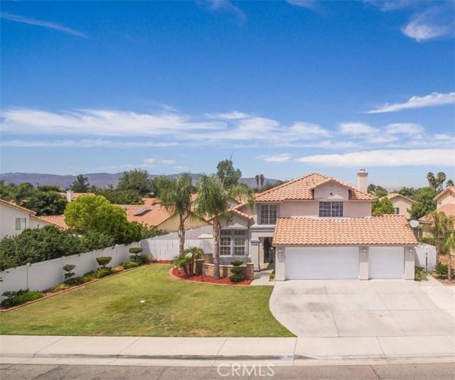 1400 Chase Street, San Jacinto CA: http://media.crmls.org/medias/c9044f2f-284f-4760-86a1-62463d889df9.jpg