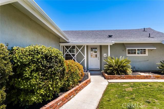 724 Moonbeam Street, Placentia CA: http://media.crmls.org/medias/c90679b8-a160-4805-8e0d-20f04ad46d43.jpg
