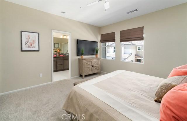 7849 Marbil Lane, Riverside CA: http://media.crmls.org/medias/c9112d51-3f78-4231-8dc7-4bd4fa95272f.jpg