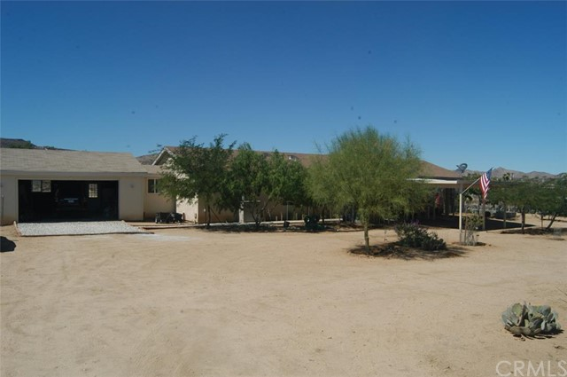 2224 Yellow Knife Road, Yucca Valley CA 92284