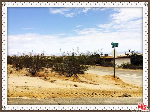 Additional photo for property listing at 6685 Hillside Avenue  29 Palms, California 92277 United States