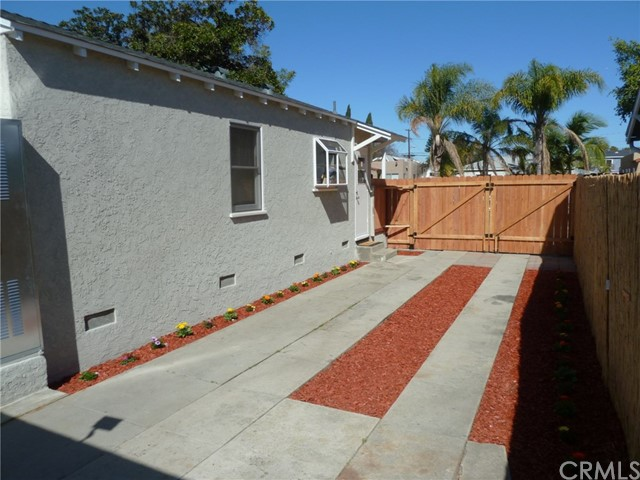 1822 E 64th St, Long Beach, CA 90805 Photo 4