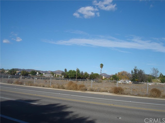 24070 Washington Avenue Murrieta, CA 92562 - MLS #: SW15252402
