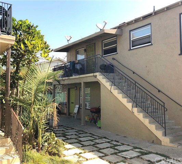 935 N Washington Place Long Beach, CA 90813 - MLS #: OC18185754