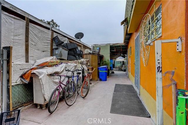 4214 Floral Drive, Los Angeles CA: http://media.crmls.org/medias/c9402cfa-aa72-44a2-ae8e-b1e08b1402f0.jpg