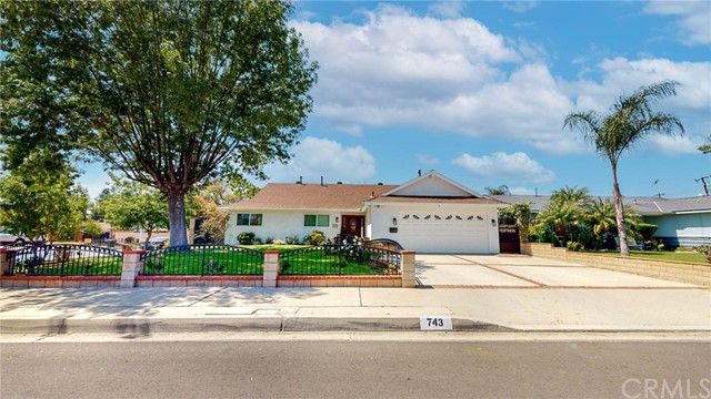 Detail Gallery Image 1 of 34 For 743 N Langham Ave, Covina,  CA 91724 - 4 Beds   2 Baths