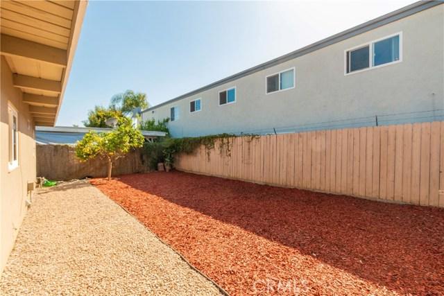 712 N Citrus Avenue, Vista CA: http://media.crmls.org/medias/c944e4f1-b953-4980-a4b4-d1ccb12e73f9.jpg