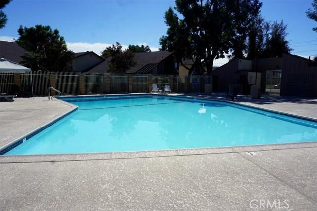 1760 N Oak Knoll Dr, Anaheim, CA 92807 Photo 12