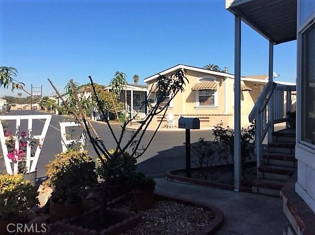 432 S Harbor Boulevard, Santa Ana CA: http://media.crmls.org/medias/c95e61bd-07d5-472d-b8b1-47515f7b90e3.jpg