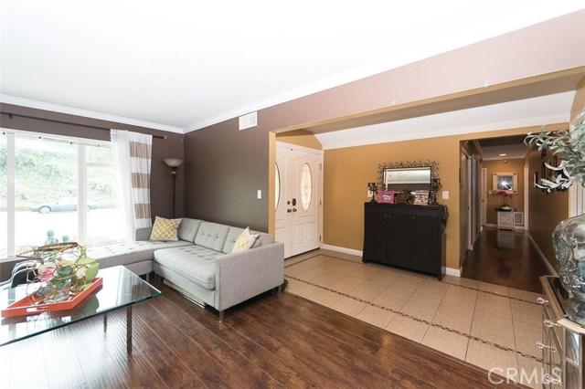 521 Sandlewood Avenue, La Habra CA: http://media.crmls.org/medias/c95e9d88-4f2b-4202-8e81-5dc02850ff12.jpg