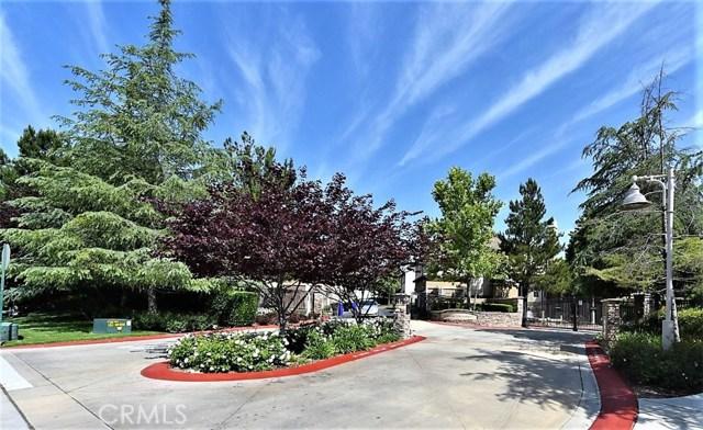 8692 9th Street, Rancho Cucamonga CA: http://media.crmls.org/medias/c961de42-6162-4030-a948-f0c7cf1e9a06.jpg