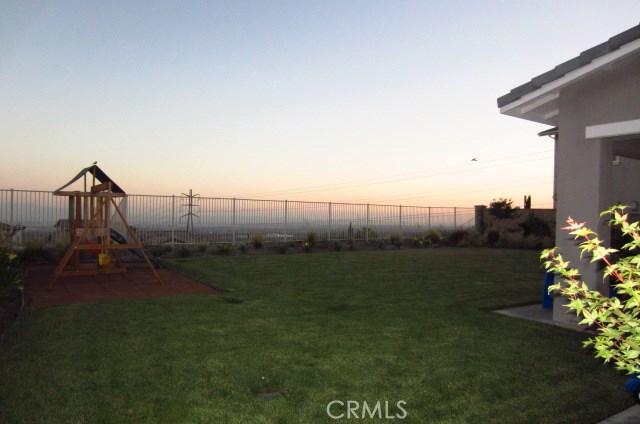 12161 Casper Court, Rancho Cucamonga CA: http://media.crmls.org/medias/c974fecb-cfb4-4127-9145-250f8707f7ea.jpg