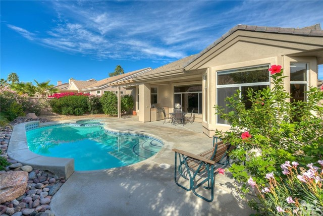 Single Family Home for Sale at 36507 Crown Street 36507 Crown Street Palm Desert, California 92211 United States