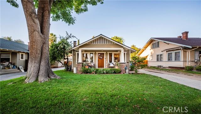 3881 Linwood Place Riverside CA 92506
