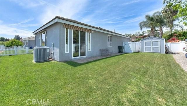 3186 Riverside Terrace, Chino CA: http://media.crmls.org/medias/c9875ba9-5b4e-412a-856d-9dd90a89d516.jpg