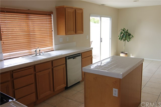 32176 Via Arias, Temecula, CA 92592 Photo 6