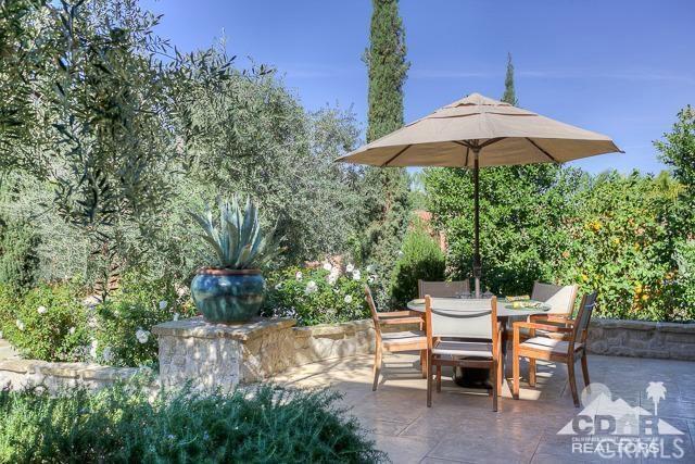 78658 Peerless Place, La Quinta CA: http://media.crmls.org/medias/c9981a93-5431-43b6-8fc0-d67753bcfe5d.jpg