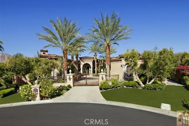 Photo of home for sale at 52612 Cahuilla Court, La Quinta CA