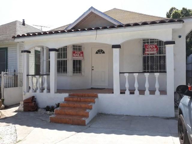 1274 E 48th Street, Los Angeles CA: http://media.crmls.org/medias/c99c10e6-786f-449c-9c9b-7626582278da.jpg