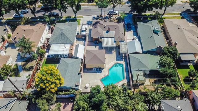 10433 Bryson Avenue, South Gate CA: http://media.crmls.org/medias/c99f355c-0154-4ef0-aec2-8dbf907f7854.jpg