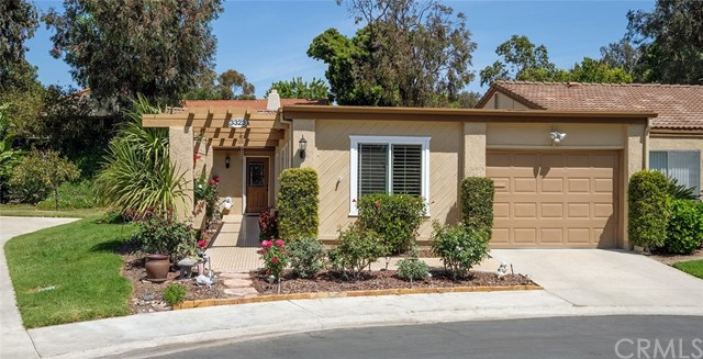 Condominium for Sale at 3323 Via Carrizo Laguna Woods, California 92637 United States