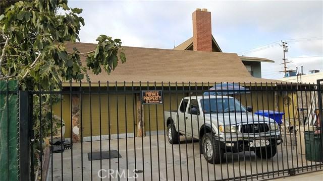 3205 Seminole Avenue, South Gate CA: http://media.crmls.org/medias/c9cd47eb-1fe0-412b-8f65-10bd04991e59.jpg