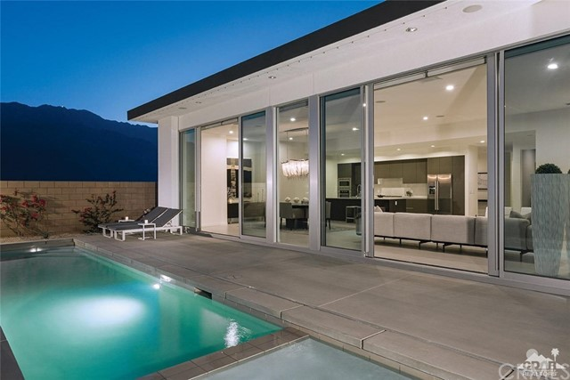Single Family Home for Sale at 772 Skylar 772 Skylar Palm Springs, California 92262 United States