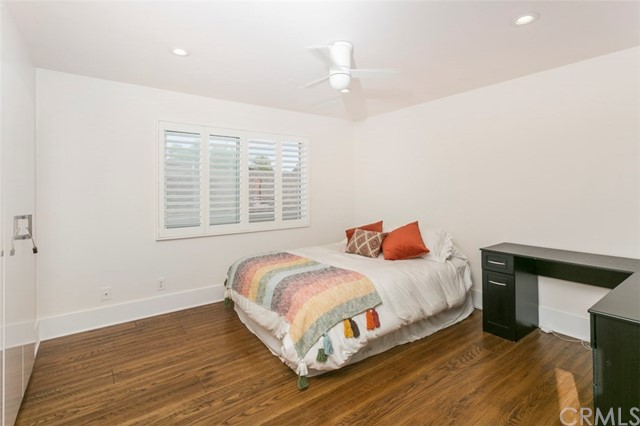 Additional photo for property listing at 2313 Pine Avenue 2313 Pine Avenue Manhattan Beach, California,90266 Estados Unidos