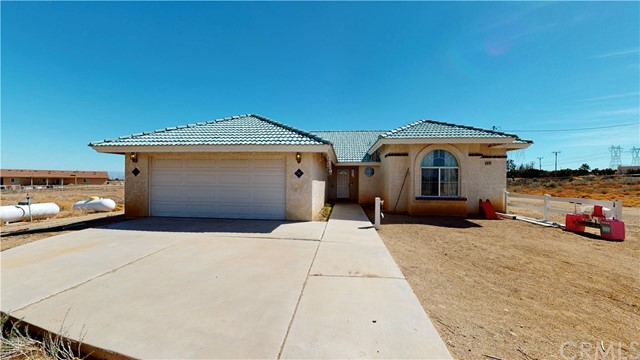 Detail Gallery Image 1 of 67 For 9235 Middleton Rd, Phelan,  CA 92371 - 3 Beds   2 Baths
