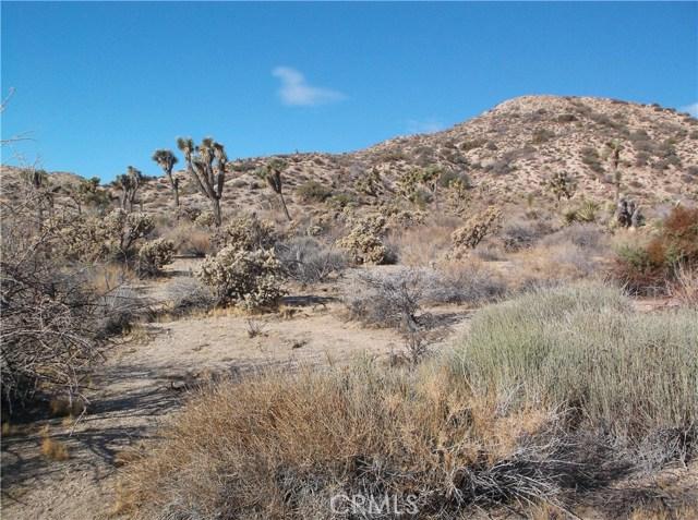 7400 Fairway Drive, Yucca Valley CA: http://media.crmls.org/medias/c9f9e535-bd6b-493e-8566-7291f0cb9e95.jpg