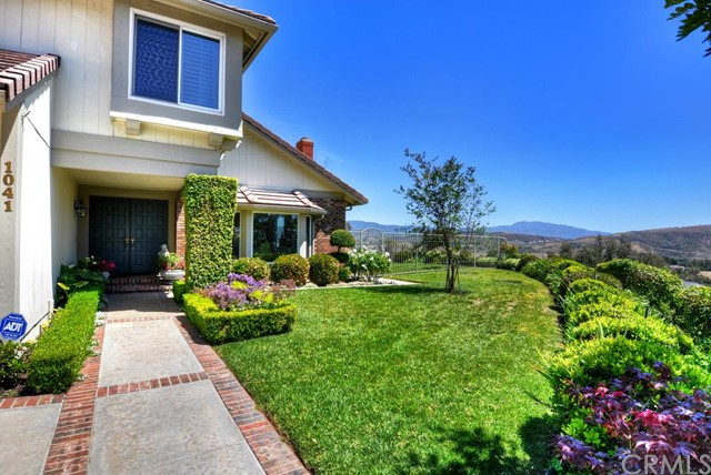 Single Family Home for Sale at 1041 Timberline North Tustin, California 92705 United States