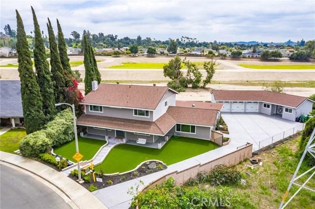 1730 La Mesa Oaks Drive, San Dimas CA: http://media.crmls.org/medias/ca0a7425-1da5-4384-a1c9-aa48c8613104.jpg