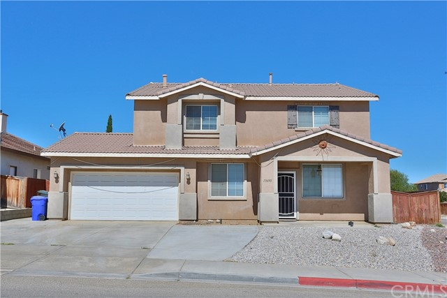 Detail Gallery Image 1 of 1 For 13690 Dellwood Rd, Victorville, CA 92392 - 6 Beds | 3 Baths