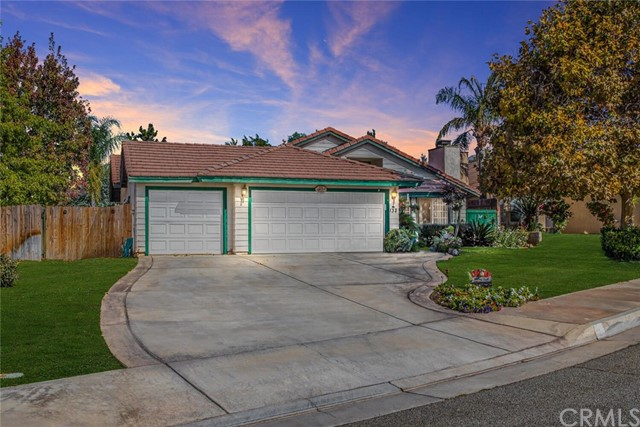 132 Country Place Calimesa CA 92320