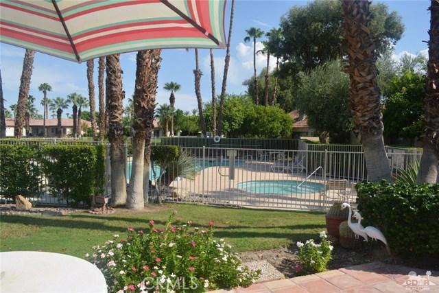 369 Wimbledon Drive, Rancho Mirage CA: http://media.crmls.org/medias/ca297151-d8c6-4864-8eff-962dce88886b.jpg