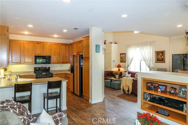 18611 Park Ridge Lane, Huntington Beach CA: http://media.crmls.org/medias/ca31fddb-ba7d-4ebd-9294-d337f0f09adf.jpg