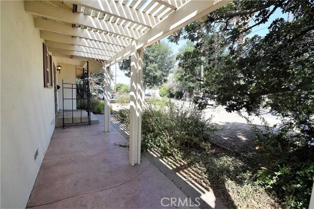 7354 Garden Street, Riverside CA: http://media.crmls.org/medias/ca39ef2b-bb62-448c-bcd3-856f8657ae13.jpg
