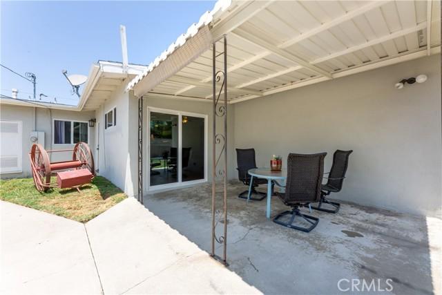 2850 Foreman Avenue, Long Beach CA: http://media.crmls.org/medias/ca3b9e65-1327-4f0e-905d-0a5e7d5d4faa.jpg