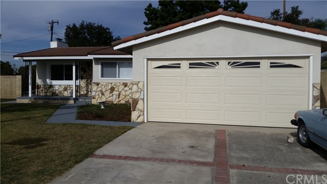 1441 W Kiama Place Anaheim, CA 92802 is listed for sale as MLS Listing PW17267277