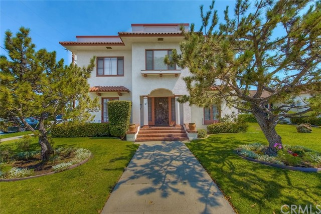 811 E CHAPMAN Avenue Orange, CA 92866 is listed for sale as MLS Listing PW17157352
