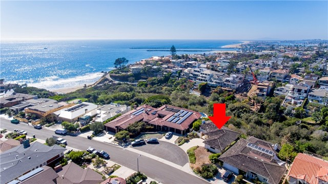 Single Family Home for Sale at 237 Evening Canyon Road Corona Del Mar, California 92625 United States