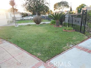 318 Caldwell Street, Compton CA: http://media.crmls.org/medias/ca48cff6-4247-4dc8-8dd2-cca9ed79389c.jpg