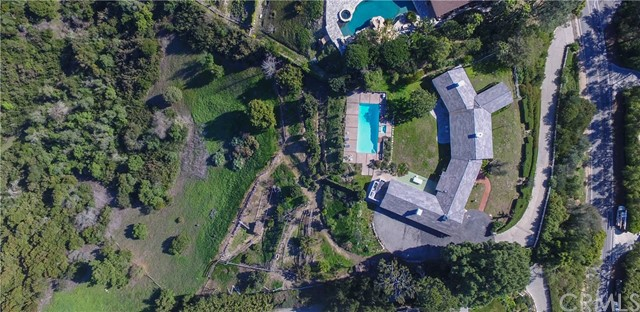 7 CREST Road, Rolling Hills, California 90274, 5 Bedrooms Bedrooms, ,2 BathroomsBathrooms,Single family residence,For Sale,CREST,PV20103640