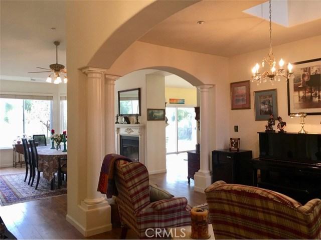 45126 Palomino Road, King City CA: http://media.crmls.org/medias/ca55042f-2af6-4a6e-8627-016d47643f95.jpg