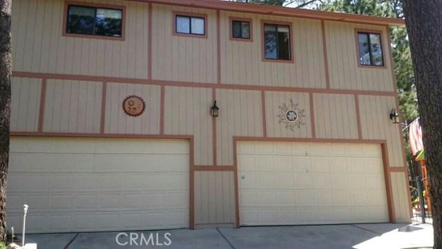 39900 LAKEVIEW Drive, Big Bear CA: http://media.crmls.org/medias/ca552817-e5f9-456e-a4e6-35cd63fb8d7b.jpg