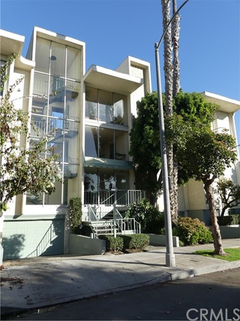 334 Gladys Av, Long Beach, CA 90814 Photo 0