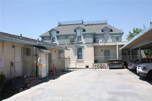 208 N I Street, San Bernardino CA: http://media.crmls.org/medias/ca70bf3e-493f-4ac0-a68e-5ff0ad2e7bcd.jpg