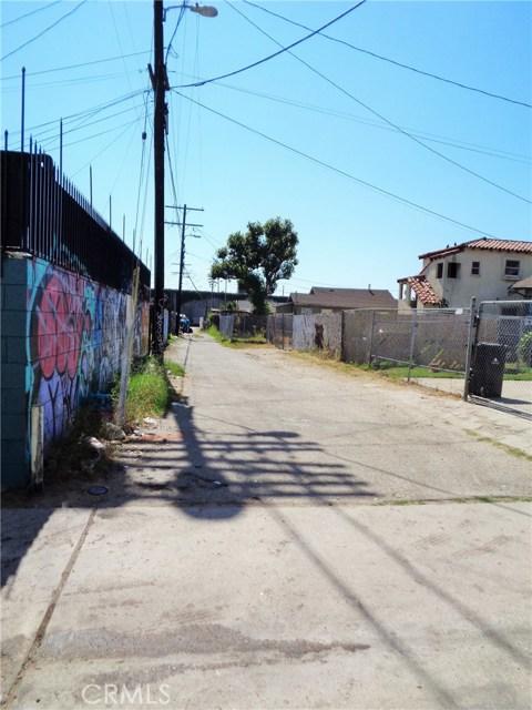 6015 S Broadway, Los Angeles, CA 90003 Photo 2