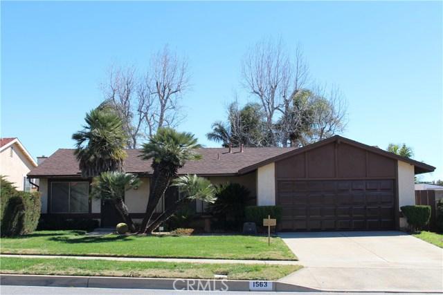 1563 Iris Avenue,Rialto,CA 92376, USA