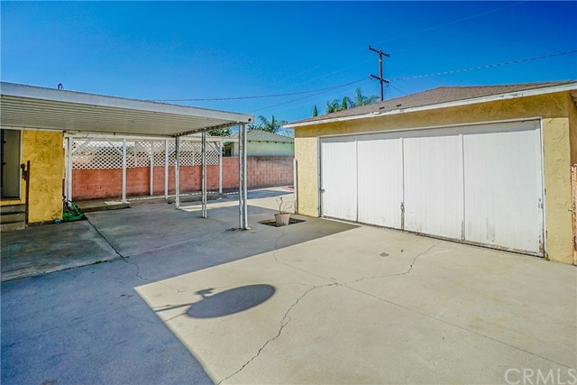 10433 Bryson Avenue, South Gate CA: http://media.crmls.org/medias/ca7bf0e1-1b3e-4f92-85c4-1391e178f1f7.jpg